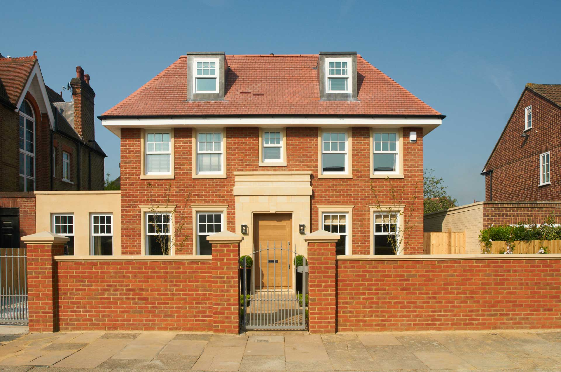 american colonial style house with sliding sash windows
